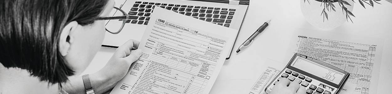Zakelijke kosten aftrekken voor de belasting _ Handige tips en informatie voor de online onderneemster (in spé) _ De Online Onderneemster