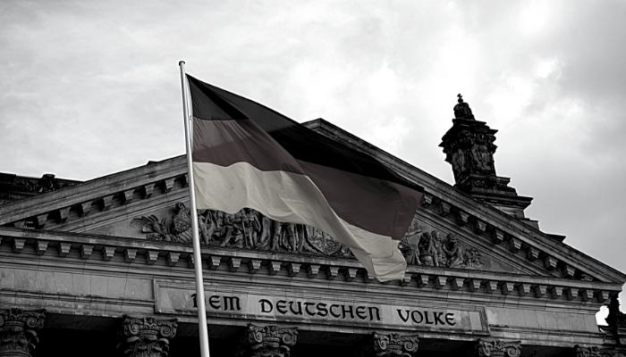 Hallo Duitsland – Verkopen aan de Oosterburen